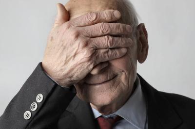 La perdita della memoria negli anziani